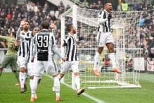 Alex Sandro Lifts Juventus to Top of Serie A Before Napoli Play