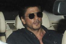Shah Rukh Khan Pays Late Night Visit to Dilip Kumar