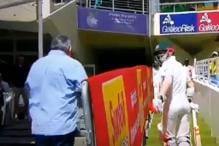 David Warner Involved in a Verbal Spat With Spectator in Cape Town