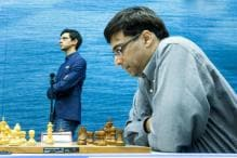 Viswanathan Anand Holds Magnus Carlsen to Draw, Stays in Title Contention