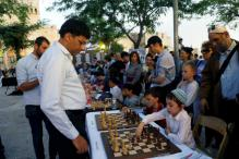 Viswanathan Anand Among Chess Champions Who Took on Dozens of Players in Jerusalem
