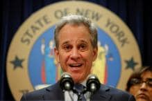 New York State Attorney General Resigns After Report of Abusing Women