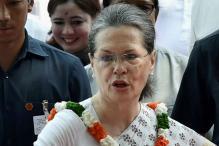 Congress' Karnataka Gambit a Throwback to Sonia Gandhi's 2004 'Sacrifice'