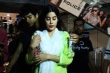 Ishaan Khatter Shields Dhadak Co-star Janhvi Kapoor as a Fan Tries to Get Too Close for a Selfie; See Pics