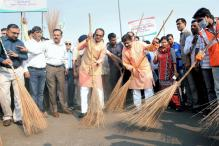 Swachh Bharat Rankings 2018: Indore Tops Again, Chennai Breaks Into Top 100; Poor Show by Bengal