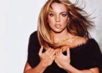 Britney poses nude for magazine