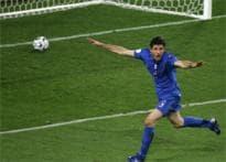 Azzurri send Ghana down in opener