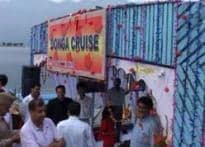 Tour Srinagar with a cruise on Dal