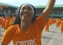 Dancing Philippines jail inmates hit on YouTube