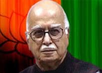 I feel lonely without Vajpayee, says Advani