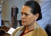 Sonia shows no hurry for early Lok Sabha polls
