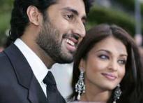 Abhishek and Aishwarya promote Big B's blog