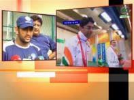 Dhoni, Yuvraj congratulate Abhinav Bindra