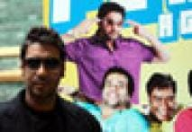</a><a href='http://www.ibnlive.com/photogallery/1011.html'>Photogallery: Meet the poster boy of <i>Golmaal Returns!</i>