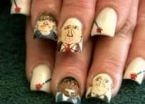 US prez race: Supporters wear their loyalty on fingertips