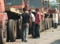CPI-M urges Centre for talks with truckers