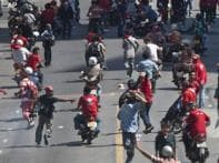 Thai army clashes with anti-government protesters