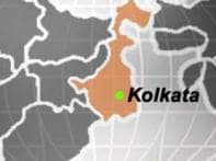 Mob torches buses as girl dies in bus accident in Kolkata