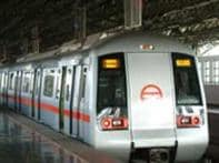 Man jumps on Metro track in Delhi, commits suicide