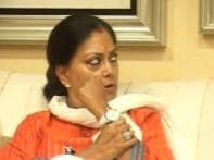 Raje likely to meet Advani, Rajnath on Saturday