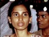 Court asks TN govt to decide on Nalini's release