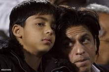 Dads and moms are different: Shah Rukh