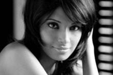 The sexy Bipasha Basu turns a year older