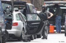 Man arrested after 3-hour siege in central London