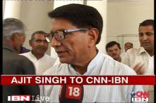 Apologise to the passengers: Ajit Singh to pilots