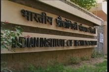 Govt-IITs row ends; new JEE format from 2013
