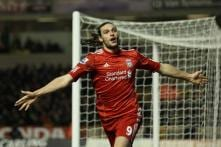 Liverpool's Carroll joins West Ham on loan