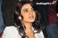 Samantha bags Vikram's film opposite Chai
