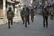 Curfew continues in Srinagar, relaxed in many towns