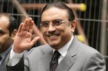 Pak President Zardari makes public appearance in Karachi