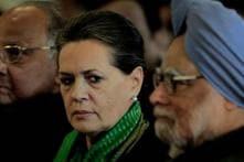 PM, Sonia meet victims of Naxal attack in Chhattisgarh