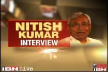 Nitish takes a dig at Modi, says India can't have a man who divides