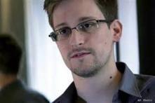 Unidentified 'diplomats' escorting Edward Snowden: WikiLeaks