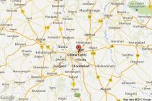 Ghaziabad acid attack accused hangs himself in lock-up