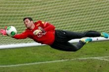 Julio Cesar set to sign for Napoli: reports