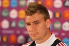 Eintracht Frankfurt in talks with Arsenal's Nicklas Bendtner