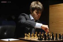 Magnus Carlsen refuses to comment on 'illness clause'