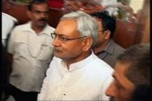 Nitish Kumar conducts aerial survey of flooded areas in Patna district