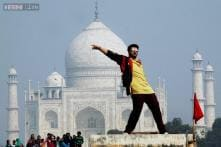 Snapshot: Bollywood smitten by the Taj! Arjun Kapoor shoots for 'Tevar' in front of Taj Mahal