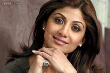 Shilpa Shetty walks for Tarun Tahiliani's opening show in a kanjeevaram outfit at WIFW
