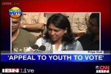 Milind Deora, Priya Dutt cast votes; BJP says Cong did no development