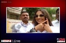 Watch: Vidya Balan casts her vote in Mumbai