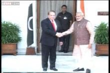 Live: Had an excellent meeting with Modi, looking forward to a positive outcome, says Sharif