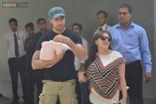 Snapshot: First pictures of Imran Khan and Avantika Malik with their newborn daughter