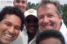 Snapshot: Sachin Tendulkar clicks the sports version of the Oscar selfie with Brian Lara, Kevin Pietersen and Muttiah Muralitharan