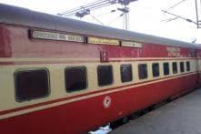 Railways to install work stations in Rajdhani trains